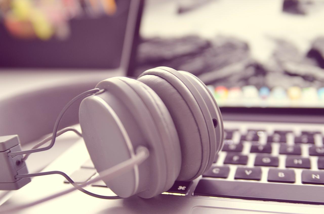 soundproof headphones